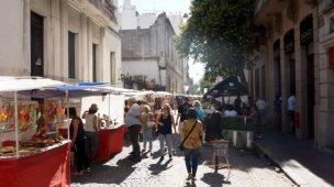 KnickKnacks stalls in San Telmo